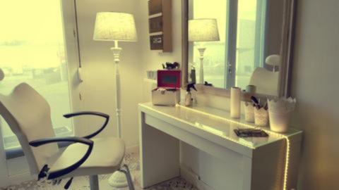 Espace-maquillage-permanent - L'Atelier 100% Elles